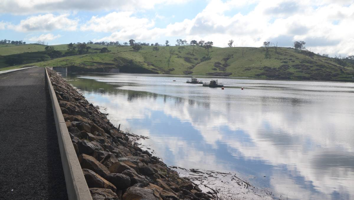 ALGAE OUTBREAK: Ben Chifley Dam is full to capacity for the first time in four years.